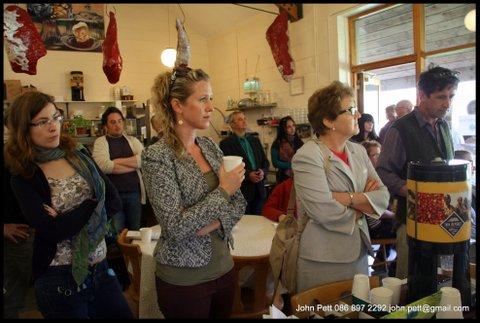 green-foundation-ireland-audience-in-restaurant