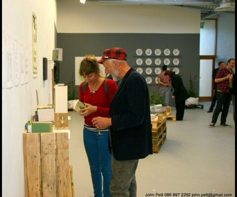green-foundation-ireland-couple-in-gallery