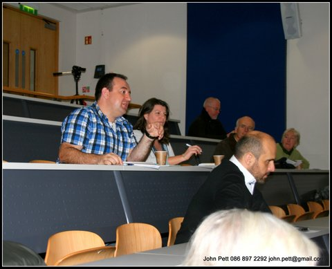 green-foundation-ireland-crowd-watching-presentation