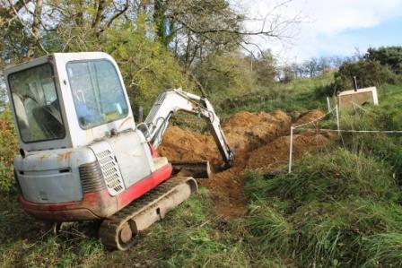 green-foundation-ireland-digger-digging-tunnel
