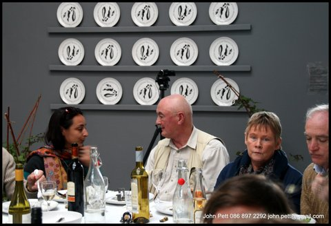 green-foundation-ireland-discussions-at-dinner