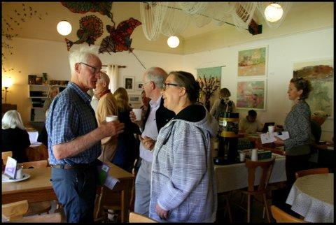 green-foundation-ireland-group-chat-in-restaurant