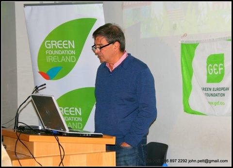 green-foundation-ireland-man-presenting
