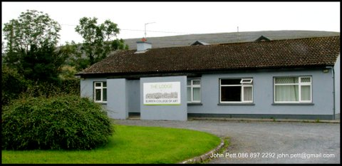 green-foundation-ireland-the-lodge-exterior