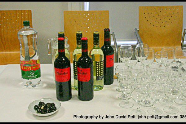 green-foundation-ireland-wine-on-table