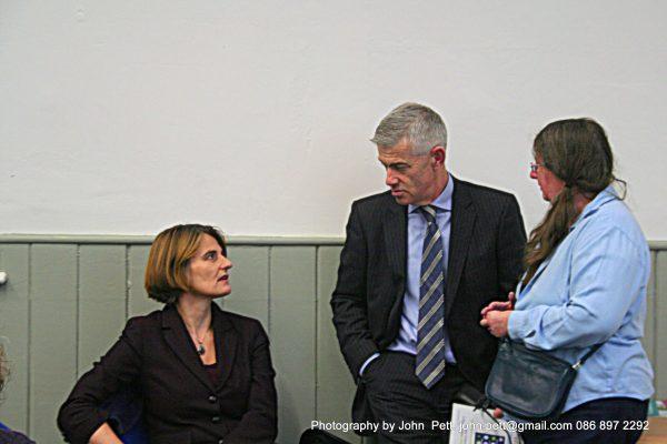 green-foundation-ireland-people-conversing