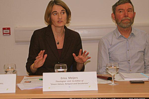 green-foundation-ireland-speaker-sitting-answering-question